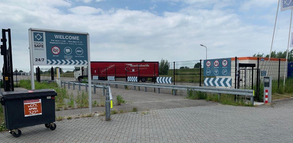 Truck parking Waalwijk